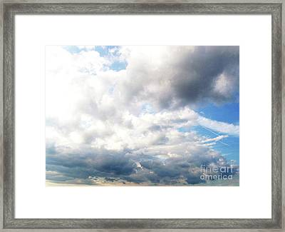Framed Print featuring the photograph Sky 1 by Rod Ismay