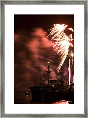 Framed Print featuring the photograph Sky On Fire by Ian Middleton