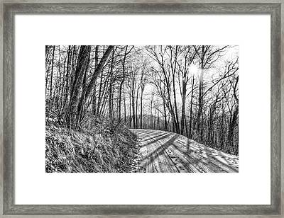 Framed Print featuring the photograph Sleep Hallow Road by Dan Traun