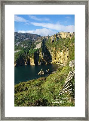 Framed Print featuring the photograph Slieve League Cliffs Eastern End by RicardMN Photography