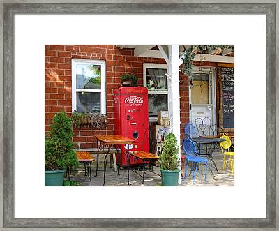 Slow Day In Nashville Indiana Framed Print by Scott Kingery