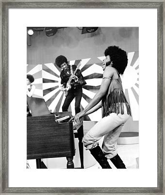 Sly And The Family Stone Performing Framed Print by Everett