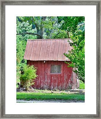 Small Red Barn - Lewes Delaware Framed Print