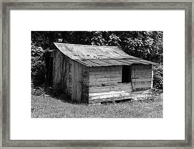 Small White Barn B W Framed Print