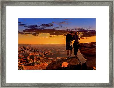 Smartphone Photo Opportunity Framed Print