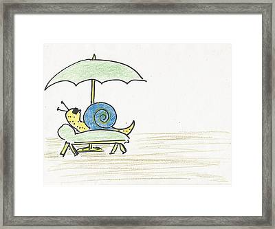 Snail Life Framed Print by Gabriel Coelho