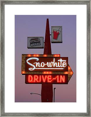 Sno-white Drive-in Sign Oakdale Ca Framed Print