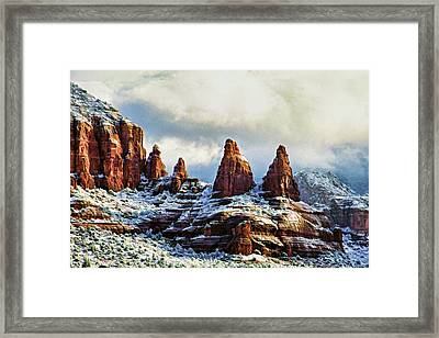 Snow 04-002 Framed Print