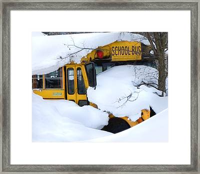 Snow Day Framed Print by Elizabeth Reynders