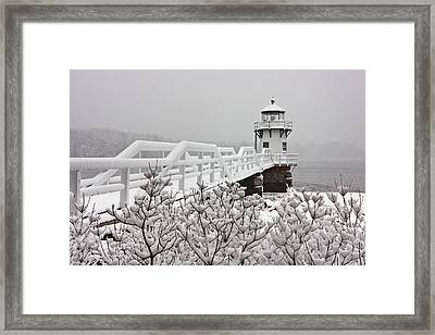 Snowy Sunday At Doubling Point Lighthouse Framed Print