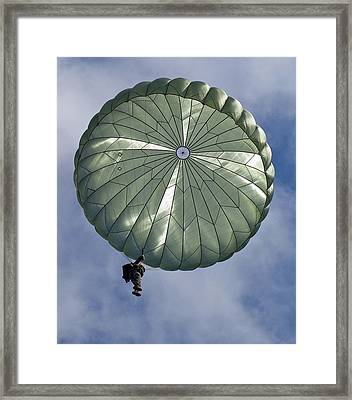 Soldier Of The 82nd Airborne Descends Framed Print