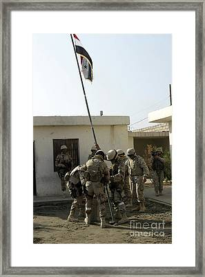 Soldiers From The Iraqi Special Forces Framed Print by Stocktrek Images