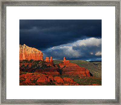 Framed Print featuring the photograph Soldiers' Pass by Tom Kelly
