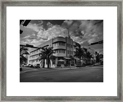 South Beach - Collins Avenue 001 Bw Framed Print by Lance Vaughn