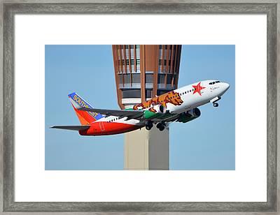 Southwest Boeing 737-3h4 N609sw California One Phoenix Sky Harbor January 21 2016 Framed Print by Brian Lockett