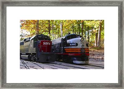 Sp Vs Ssw Framed Print by Pat Turner