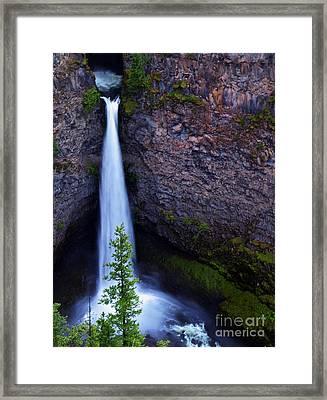 Spahats Falls Framed Print by Robert Pilkington