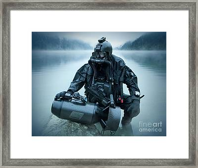 Special Operations Forces Combat Diver Framed Print by Tom Weber