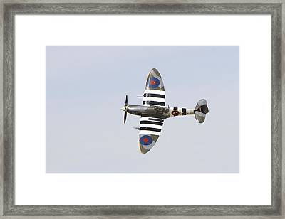 Spitfire Mk959  Framed Print by Shoal Hollingsworth