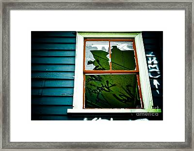 Framed Print featuring the photograph Spooky Abandoned House by Yurix Sardinelly