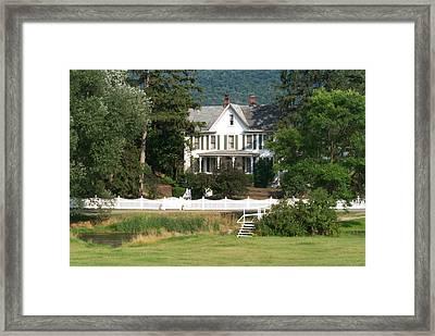 Spruce Creek Valley Farm House Framed Print by Heinz G Mielke