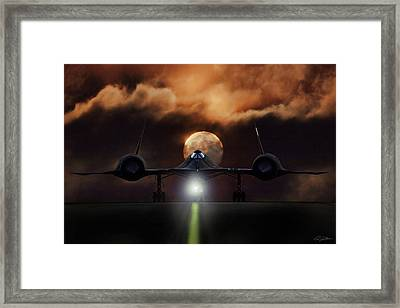 Sr-71 Supermoon Framed Print by Peter Chilelli