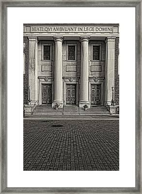 St Andrews Church Nyc Framed Print by Robert Ullmann