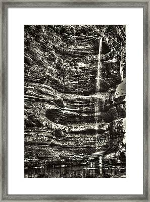 St Louis Canyon At Starved Rock State Park Framed Print