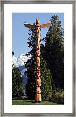 Stanley Park Totem Pole Vancouver Framed Print