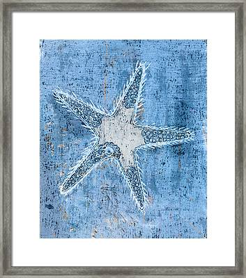 Starfish Framed Print by Frank Tschakert