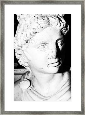 Statue In Black And White Framed Print