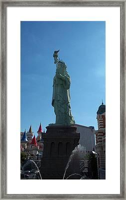 Statue Of Liberty Las Vegas Framed Print by Alan Espasandin
