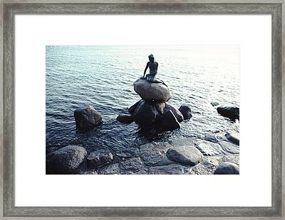 Statue Of The Little Mermaid Framed Print by Ira Block