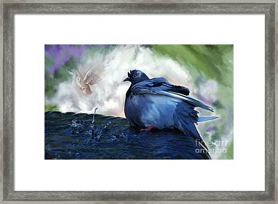 Framed Print featuring the painting Staying Cool by Elaine Manley
