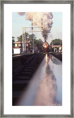 Steaming Up Framed Print by Gordon Mooneyhan