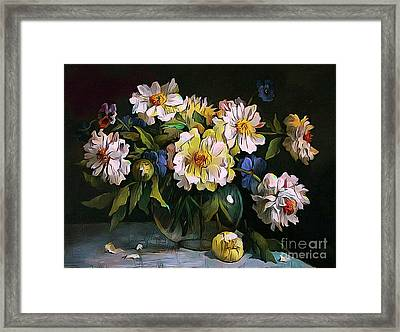 Still Life 04 ...23.13 Bouquet Of White Peonies Framed Print