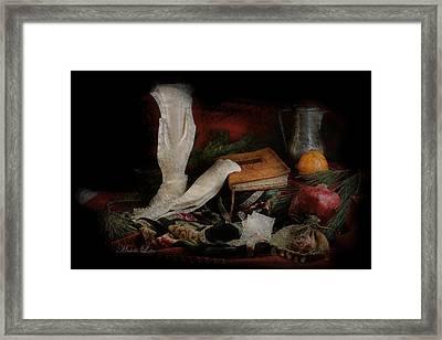 Still Life 4102a Framed Print