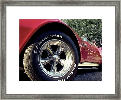 Sting Ray Framed Print by Russell Ellington
