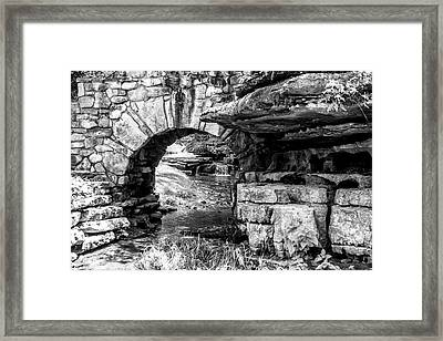 Stone Arch Framed Print by Wade Courtney