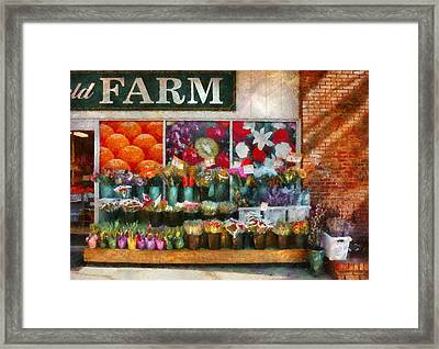 Store - Westfield Nj - The Flower Stand Framed Print by Mike Savad