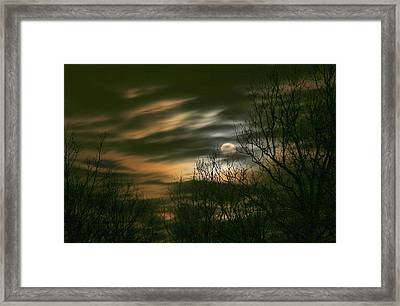 Storm Rollin' In Framed Print