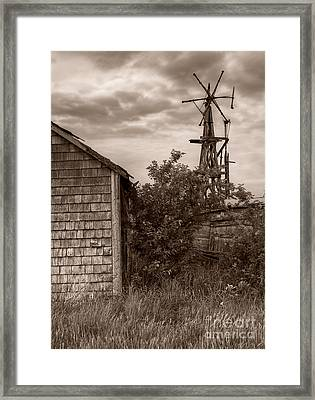 Stormclouds Over Abandoned Farm Framed Print by Royce Howland