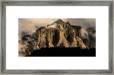 Storms Edge - Www.thomasschoeller.photography Framed Print