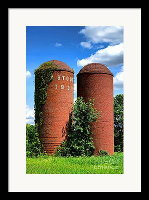 Nj Farm Stand Framed Prints