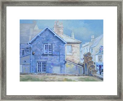 Stow On The Wold Framed Print by Carol Strickland
