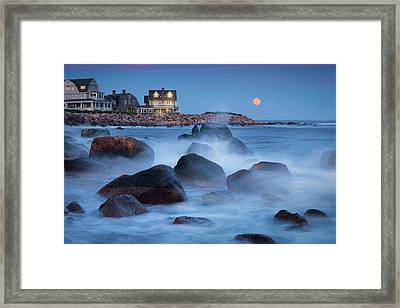 Strawberry Moon At Spray Rock Framed Print