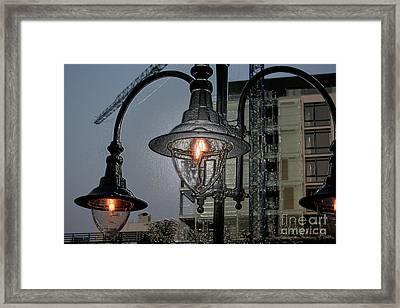 Street Lamp Framed Print by Yavor Kanchev