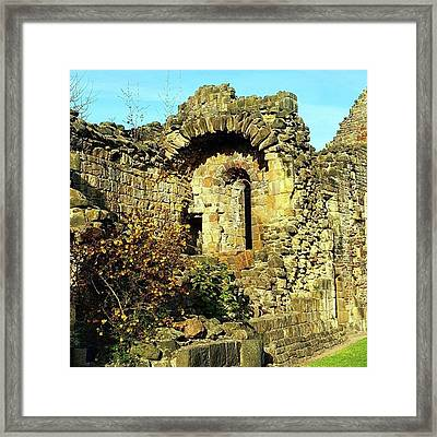 Stunning Day In #leeds Today. Perfect Framed Print by Dante Harker