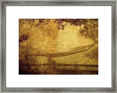 Summer Morning. Framed Print by Kelly Nelson