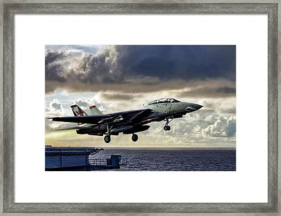 Sun Downer Launch Framed Print by Peter Chilelli